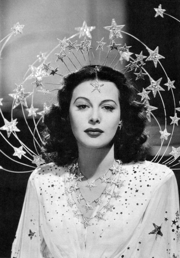 Hedy-lamarr-from-doctormacro.com_-624x893